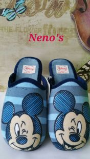 Zapatillas Disney mickey descalzas