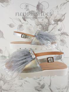 Sandalias Clarys plumas plata