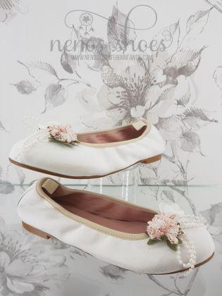 Bailarina Zoysan blanca flor